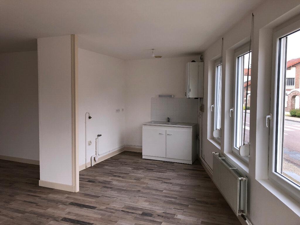 Appartement à louer 2 59.9m2 à Jussy vignette-3