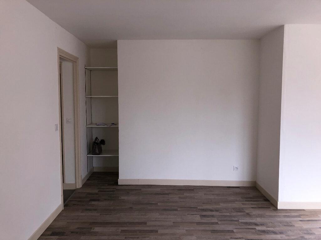 Appartement à louer 2 59.9m2 à Jussy vignette-7