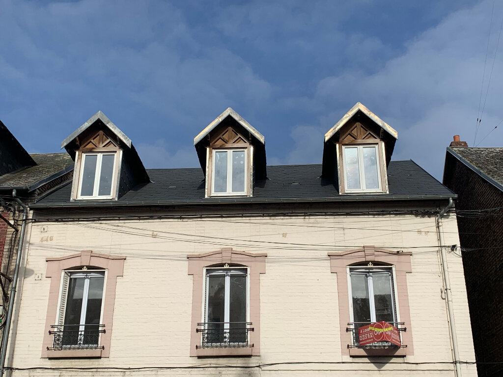 Appartement à louer 3 63.75m2 à Tergnier vignette-1