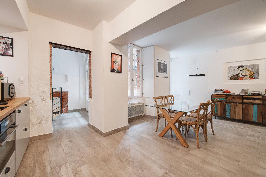 Appartement à vendre 3 81.32m2 à Toulouse vignette-2