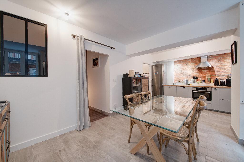 Appartement à vendre 3 81.32m2 à Toulouse vignette-3