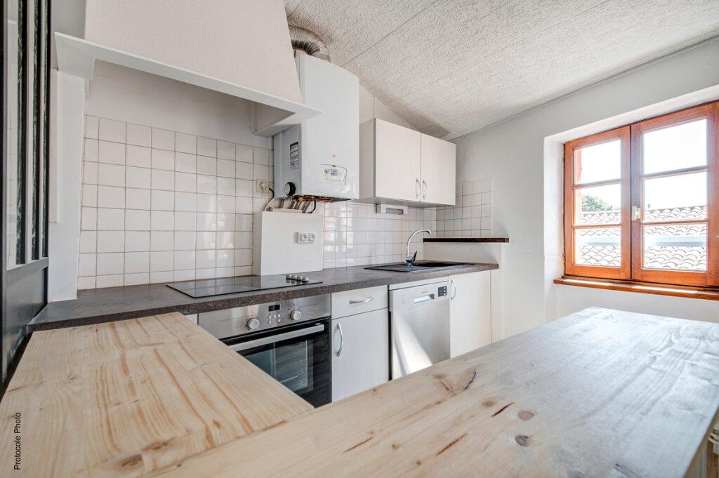 Appartement à louer 3 59.1m2 à Toulouse vignette-3