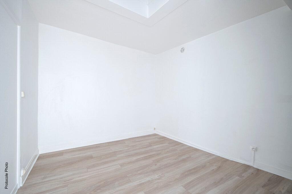 Appartement à louer 3 59.1m2 à Toulouse vignette-4