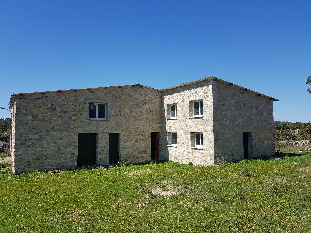 Maison à vendre 5 380m2 à Nîmes vignette-1