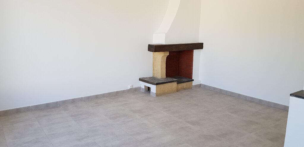Appartement à louer 3 66.44m2 à Marguerittes vignette-2