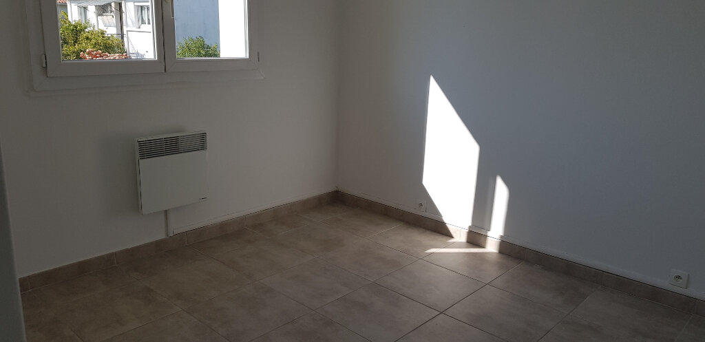 Appartement à louer 3 66.44m2 à Marguerittes vignette-7
