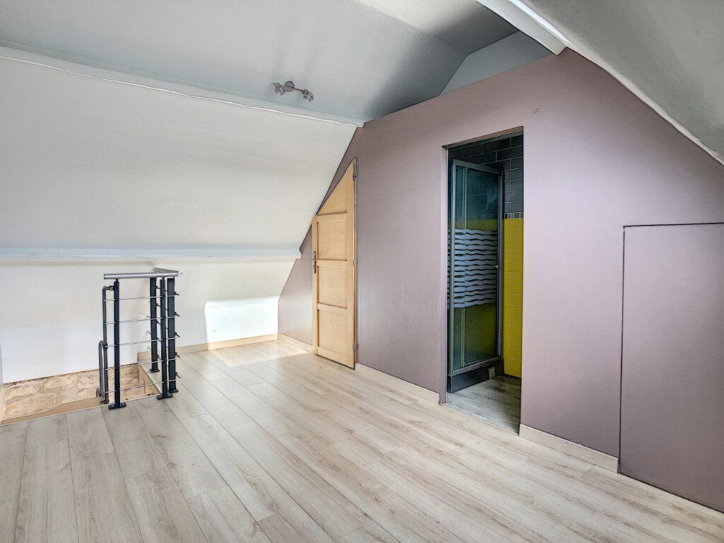 Appartement à louer 2 29.7m2 à Neuilly-sous-Clermont vignette-5