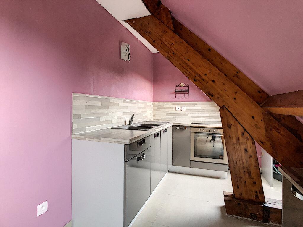Appartement à louer 2 47.53m2 à Clermont vignette-3