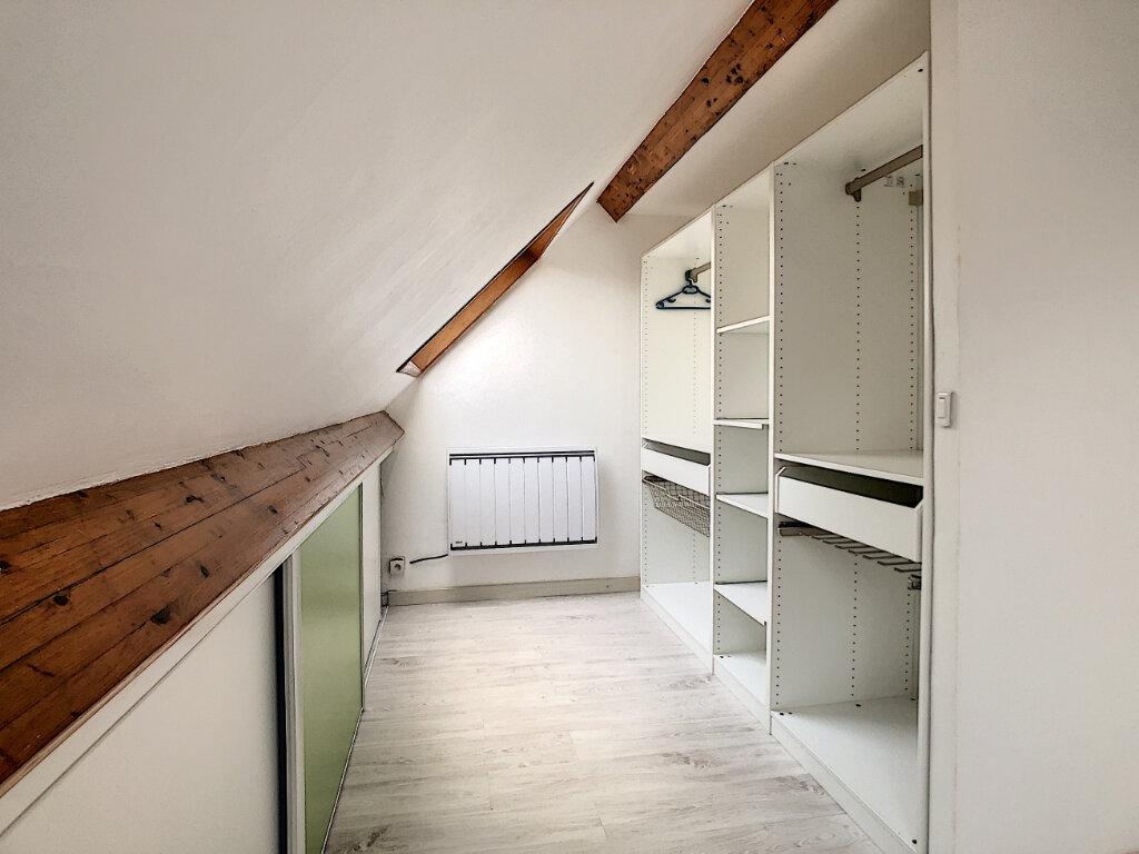 Appartement à louer 2 47.53m2 à Clermont vignette-6