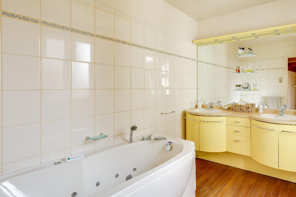 Maison à vendre 7 168m2 à Clermont vignette-4
