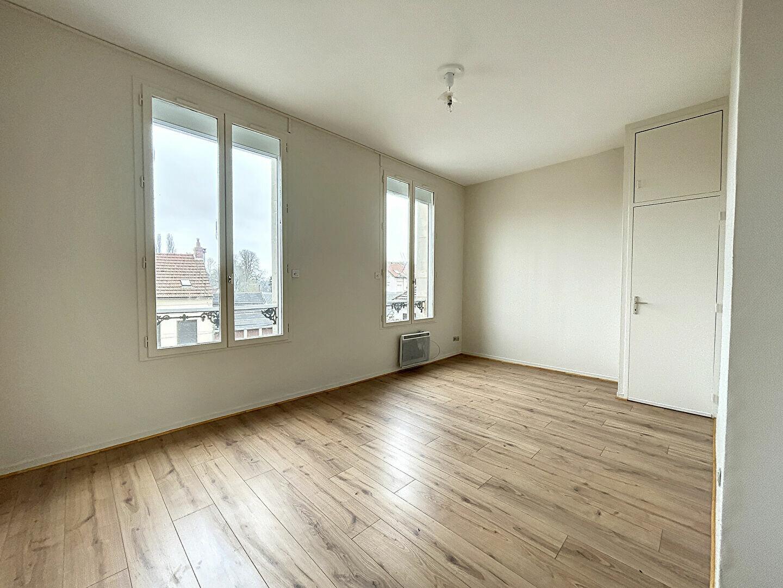 Appartement à louer 2 39.89m2 à Liancourt vignette-1