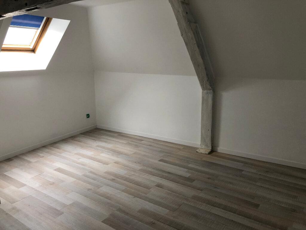 Appartement à louer 3 46m2 à Clermont vignette-2