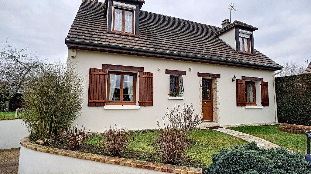 Maison à vendre 6 117.7m2 à Clermont vignette-1