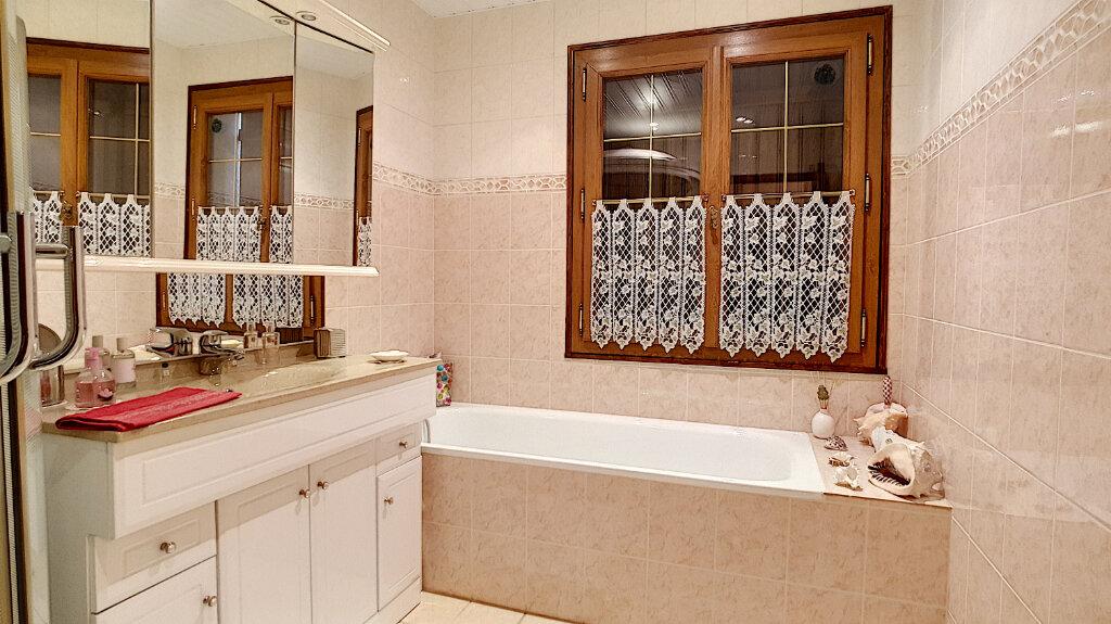 Maison à vendre 6 117.7m2 à Clermont vignette-5