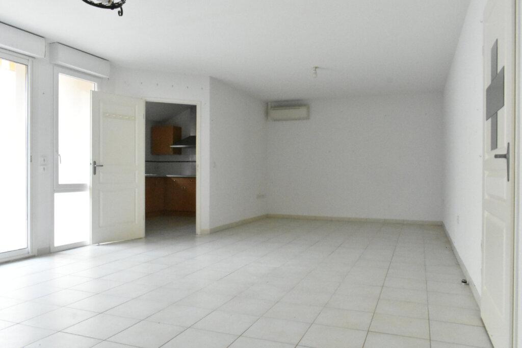 Maison à vendre 3 85m2 à Salles-sur-Mer vignette-8