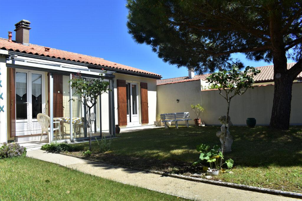 Maison à vendre 3 78.38m2 à La Rochelle vignette-7