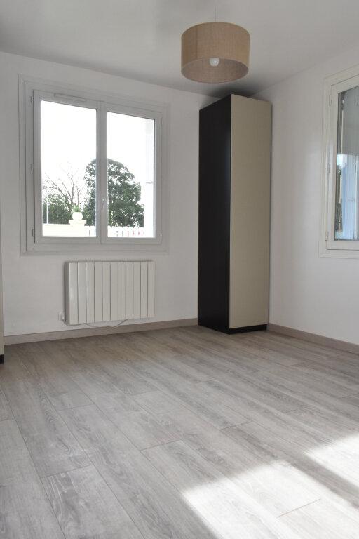 Maison à vendre 4 100.62m2 à Angoulins vignette-3