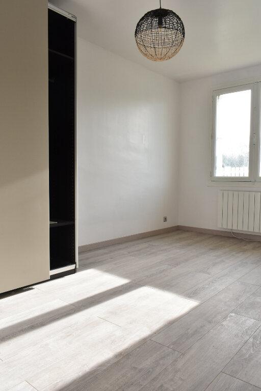 Maison à vendre 4 100.62m2 à Angoulins vignette-4