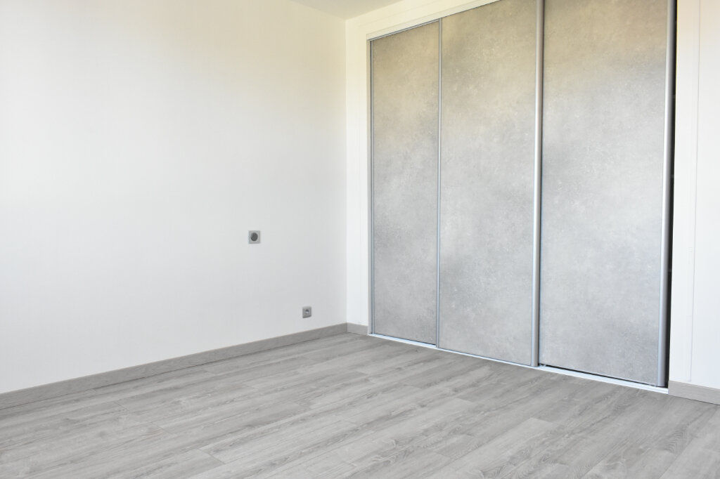Maison à vendre 4 100.62m2 à Angoulins vignette-5
