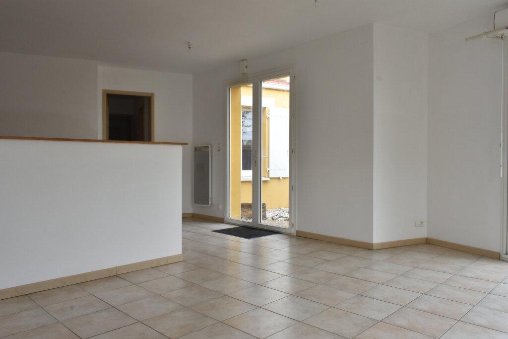 Maison à louer 3 70m2 à Châtelaillon-Plage vignette-5