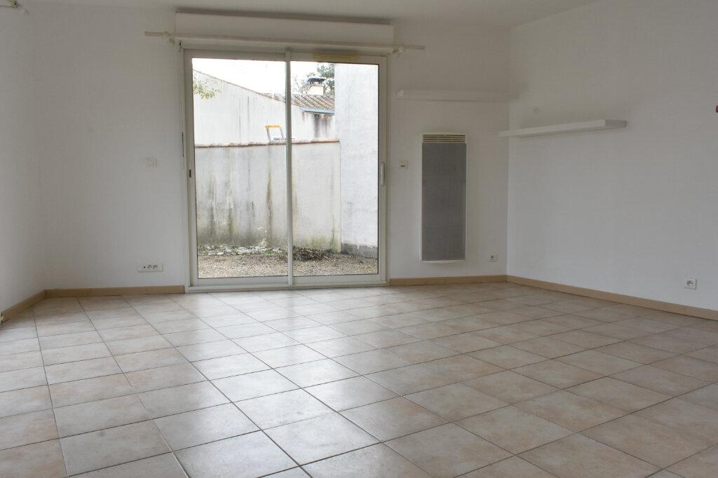 Maison à louer 3 70m2 à Châtelaillon-Plage vignette-6
