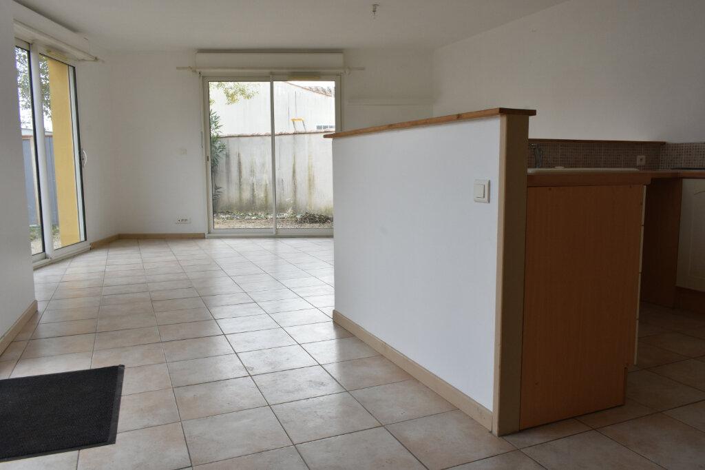 Maison à louer 3 70m2 à Châtelaillon-Plage vignette-9