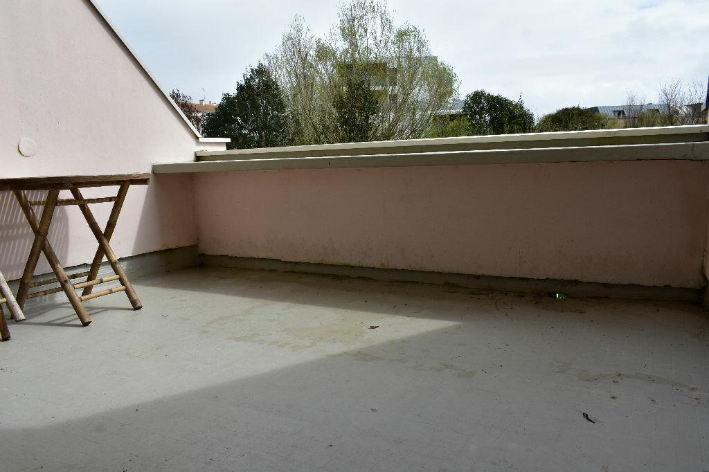 Appartement à louer 1 23.8m2 à La Rochelle vignette-3