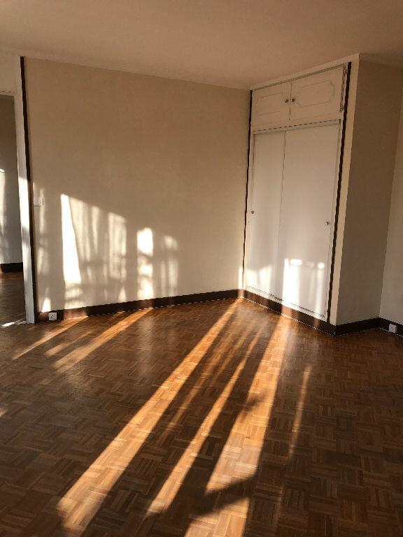 Appartement à louer 2 43.26m2 à Saint-Denis vignette-6