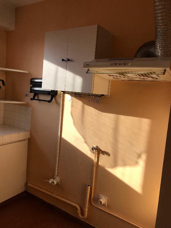 Appartement à louer 2 43.26m2 à Saint-Denis vignette-11