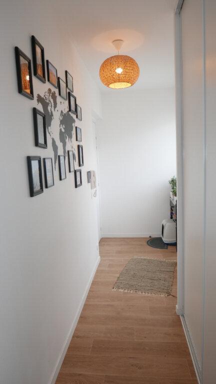 Appartement à vendre 4 81.24m2 à Aubervilliers vignette-3