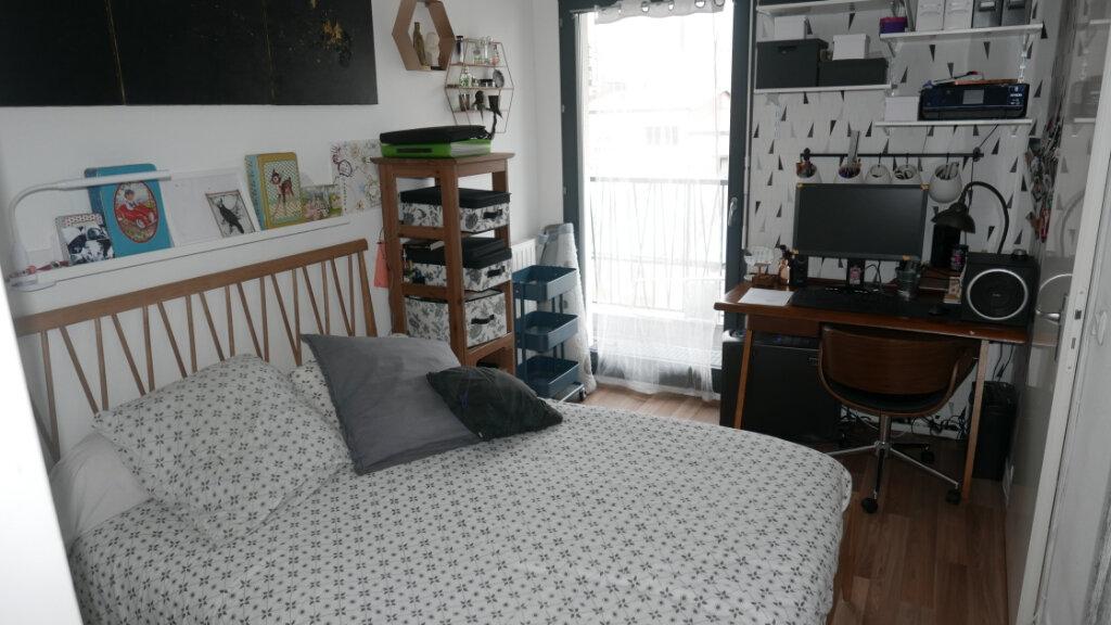 Appartement à vendre 4 81.24m2 à Aubervilliers vignette-5