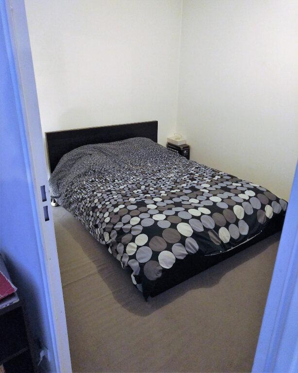 Appartement à louer 2 47m2 à Saint-Denis vignette-4