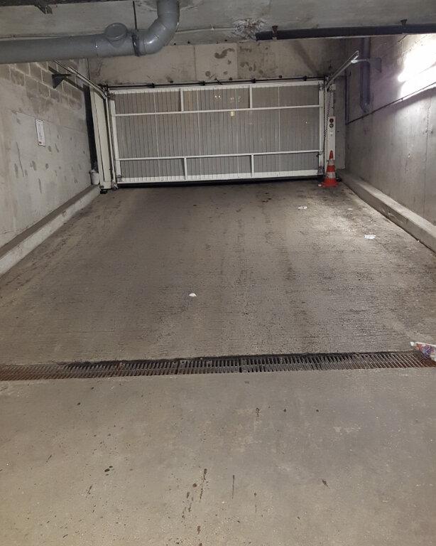 Stationnement à louer 0 11m2 à Stains vignette-2