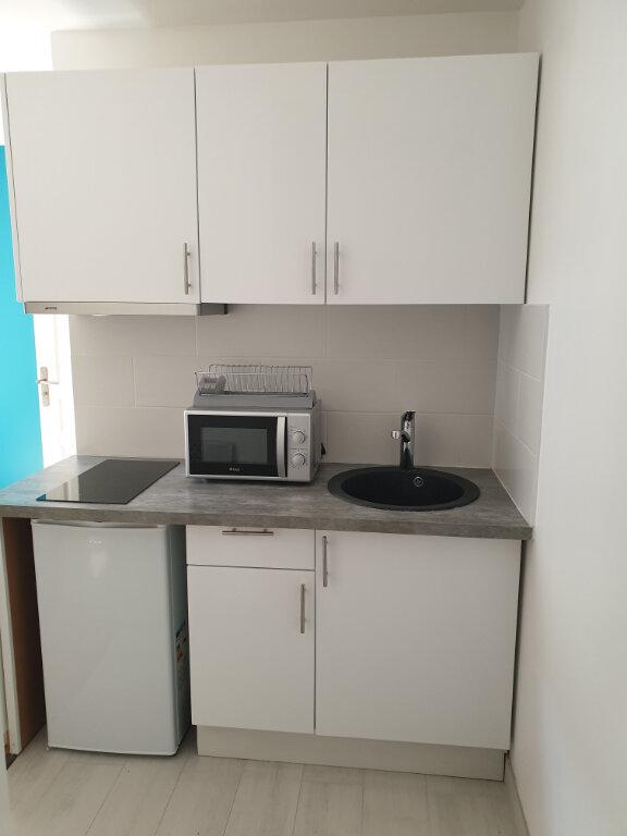 Appartement à louer 1 14.11m2 à Montreuil vignette-2