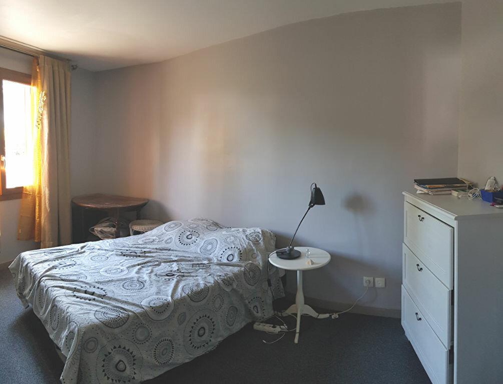 Appartement à louer 2 52m2 à Saint-Denis vignette-6