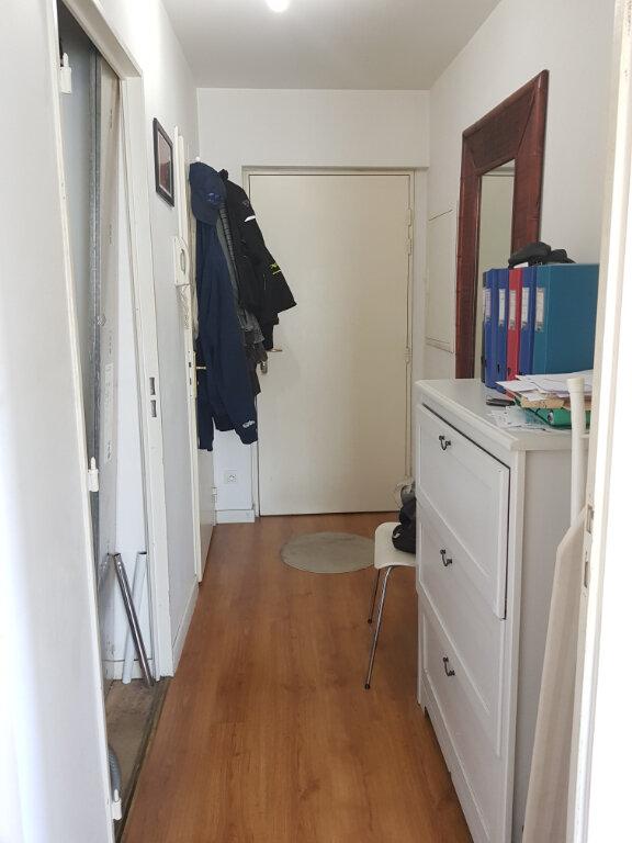 Appartement à louer 2 52m2 à Saint-Denis vignette-7