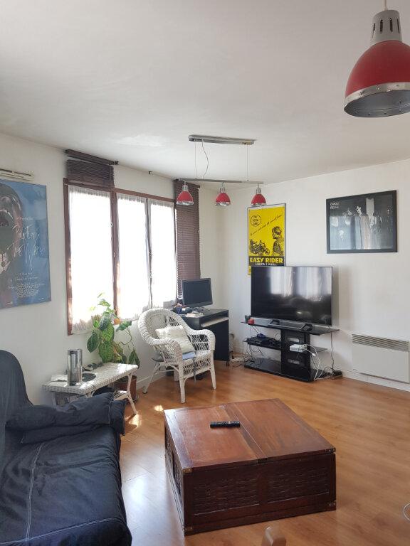 Appartement à louer 2 52m2 à Saint-Denis vignette-8