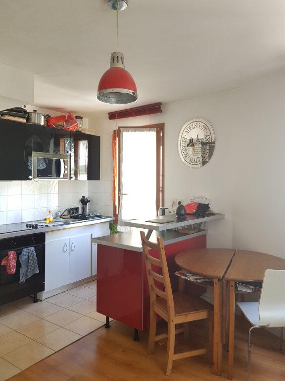 Appartement à louer 2 52m2 à Saint-Denis vignette-10