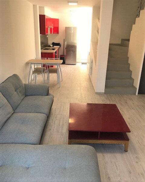 Appartement à louer 1 10m2 à Saint-Denis vignette-1