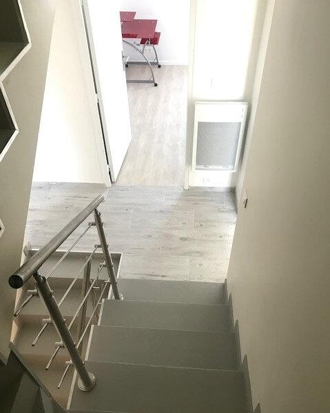 Appartement à louer 1 10m2 à Saint-Denis vignette-5
