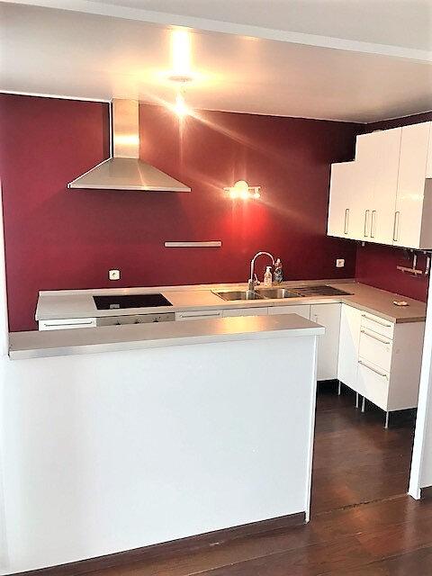 Appartement à louer 3 76.87m2 à Saint-Denis vignette-2