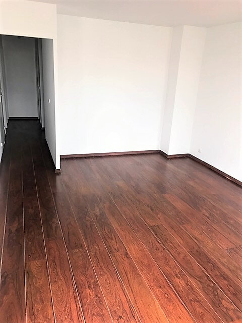 Appartement à louer 3 76.87m2 à Saint-Denis vignette-4