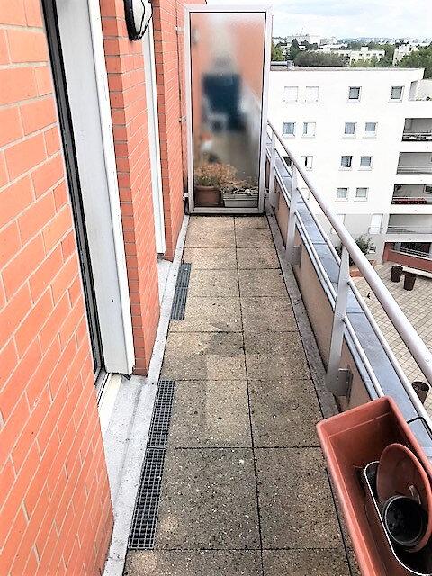 Appartement à louer 3 76.87m2 à Saint-Denis vignette-9