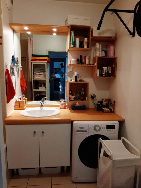 Appartement à louer 3 65m2 à Aubervilliers vignette-6