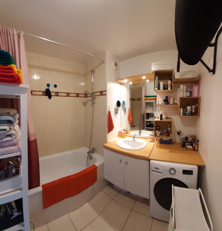 Appartement à louer 3 65m2 à Aubervilliers vignette-7