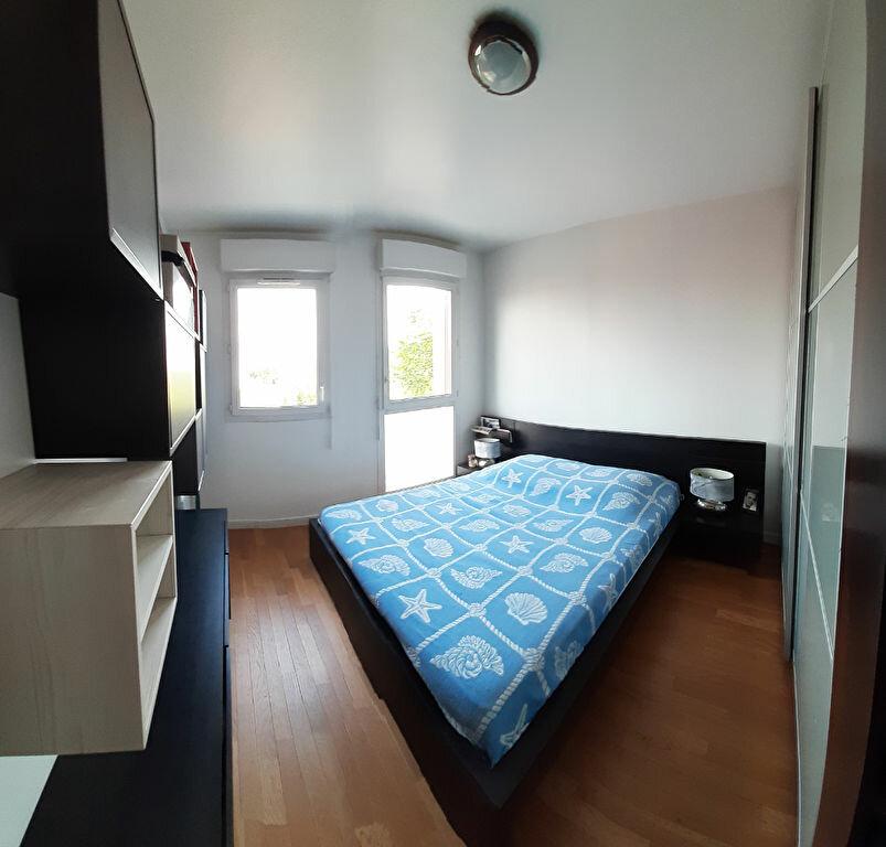 Appartement à louer 3 65m2 à Aubervilliers vignette-8