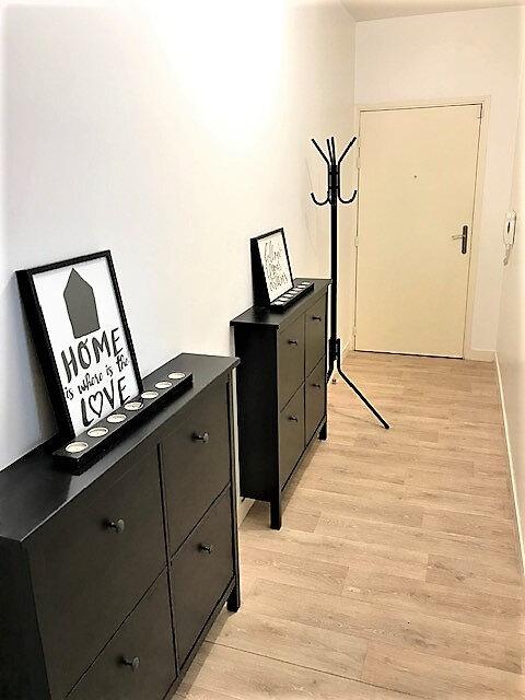 Appartement à louer 2 48.3m2 à Saint-Denis vignette-1