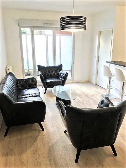 Appartement à louer 2 48.3m2 à Saint-Denis vignette-2