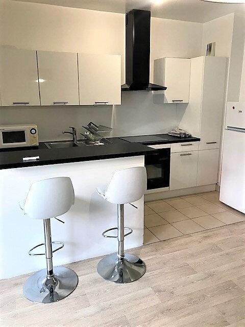 Appartement à louer 2 48.3m2 à Saint-Denis vignette-3