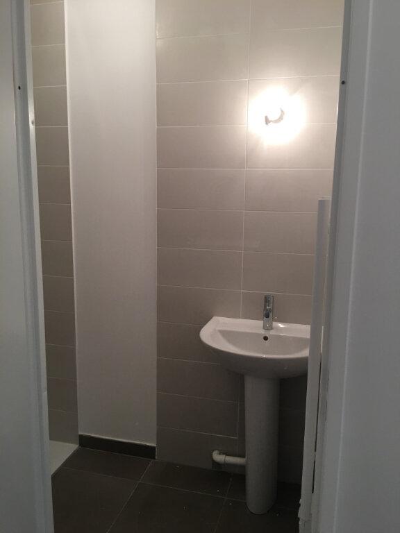 Appartement à louer 4 85m2 à Aubervilliers vignette-9